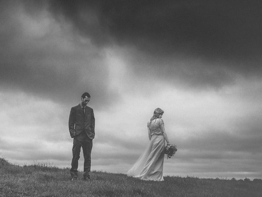 Alternative-Wedding-At-Mount-Druid_01