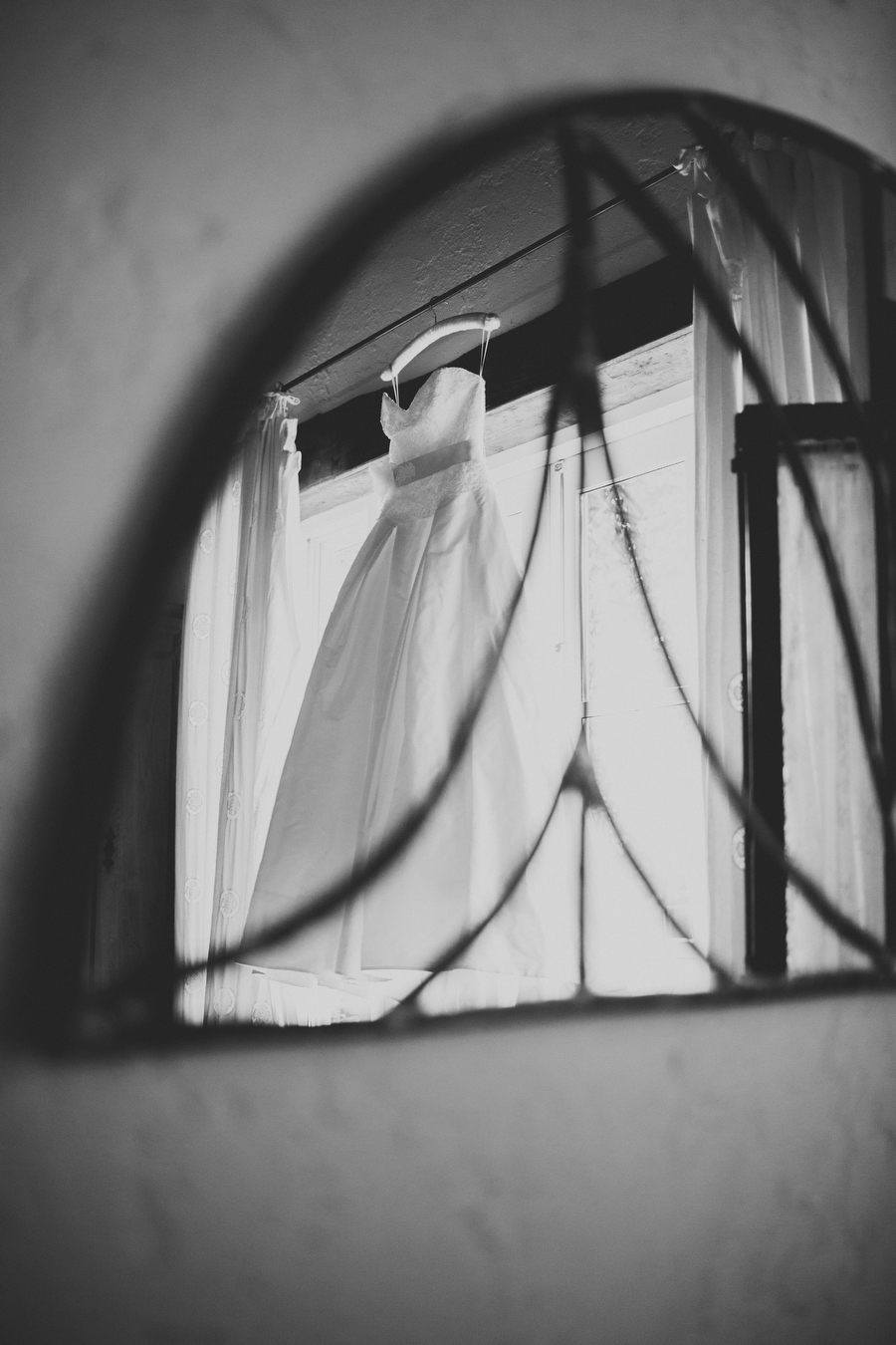Quirky-Ballybeg-House-Wedding-By-Rubistyle_016