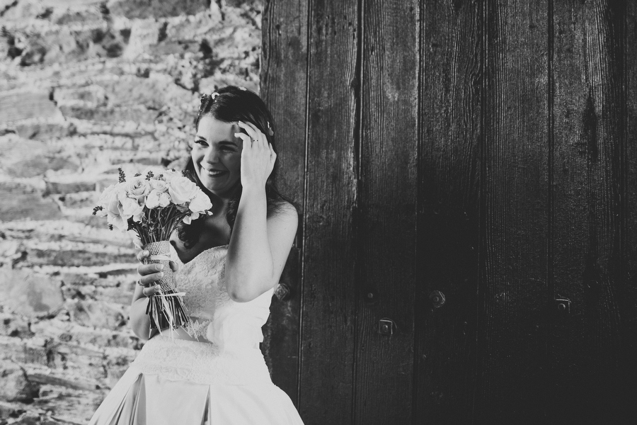 Quirky-Ballybeg-House-Wedding-By-Rubistyle_048